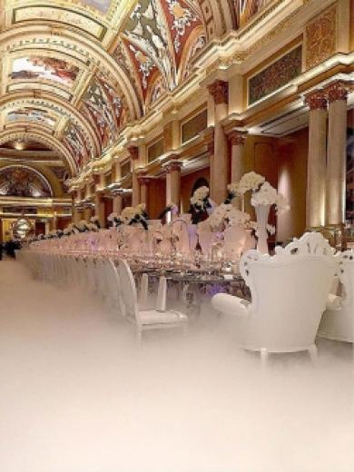 Celestial Setting: The Venetian/Palazzo and DBD Dream Up a Heavenly Dinner Table